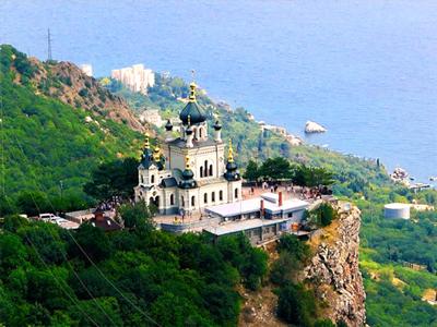 Форосская церковь - жемчужина Крыма на возвышении Красной скалы