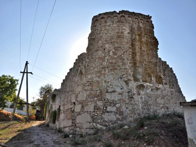 Где находится Генуэзская крепость