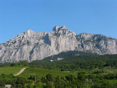 Гора Ай-Петри в Крыму - место, которое должен посетить каждый отдыхающий