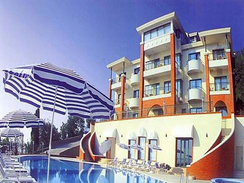 Один из самых комфортабельных санаториев Крыма