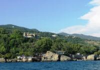 Отдых в Алупке — курортном городе на южном склоне Крымских гор