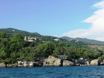 Отдых в Алупке - курортном городе на южном склоне Крымских гор