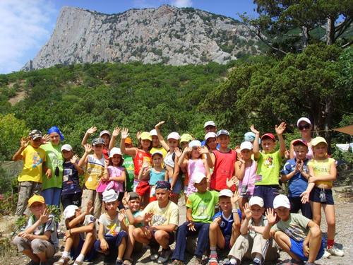 Дети, проводящие летние каникулы в санаториях Крыма