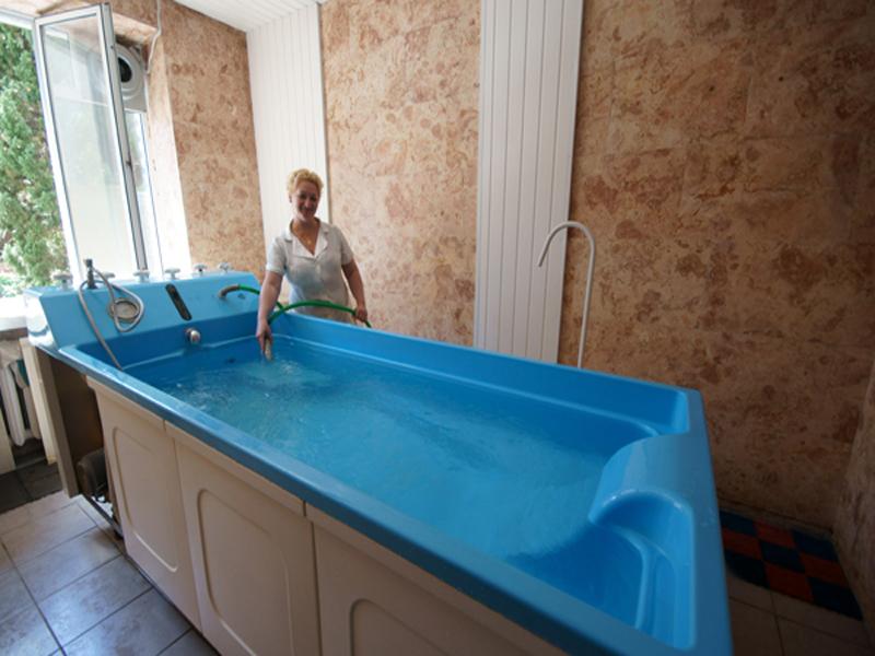 Лечебные водные процедуры в санатории «Жемчужина» в Крыму