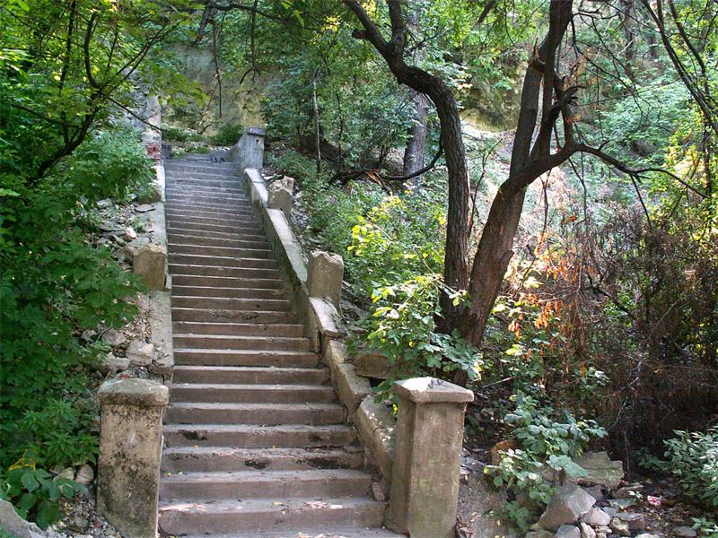 Так называемая «Лестница любви» в Симферополе