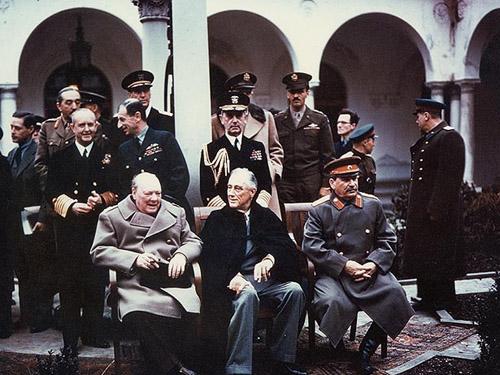 Главы государств Ялтинской конференции 1945 года в Ливадийском дворце